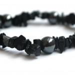 Hematīta un obsidiāna aproce